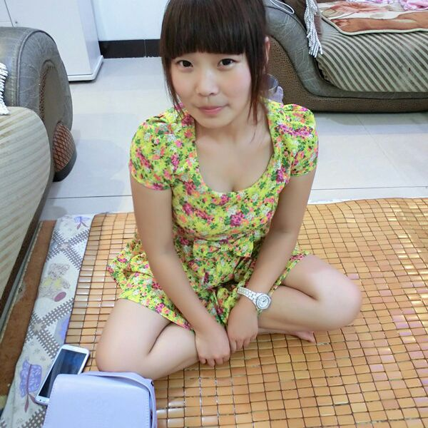 佟海青少将的老婆