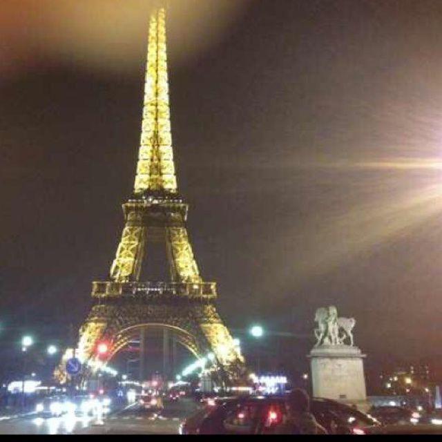 用塔的照片做头像