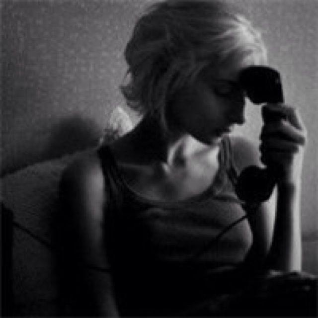 欧美风格伤感唯美头像; qq情侣头像; 伤感颓废暗色女生头像-当爱情