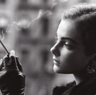 非主流颓废抽烟女生头像; 非主流/欧美女生/伤感女生吸烟qq头像-黑白